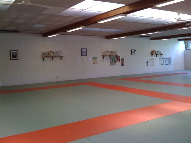 Le dojo judo club espoirs lonsois for Piscine aqualons